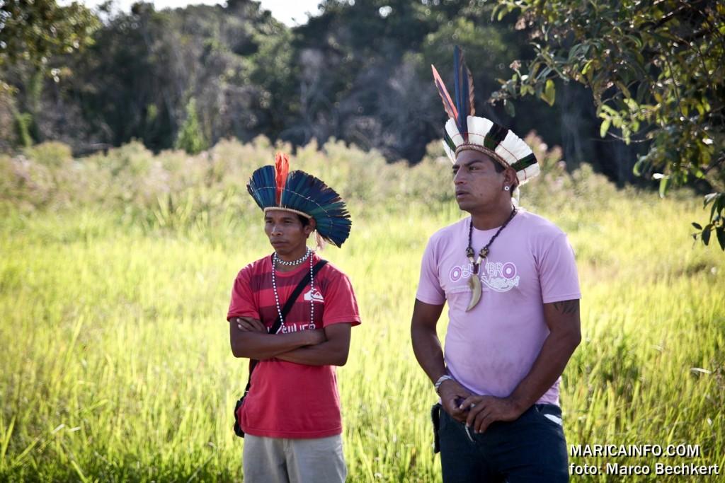 Índios ocupam a restinga de Maricá. (Foto: Marco Bechkert | Maricá Info)