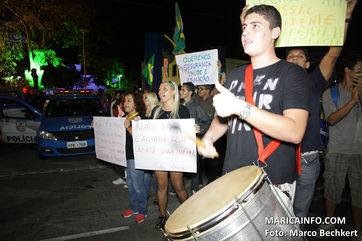 Manifestação reúne centenas de pessoas em Maricá – RJ