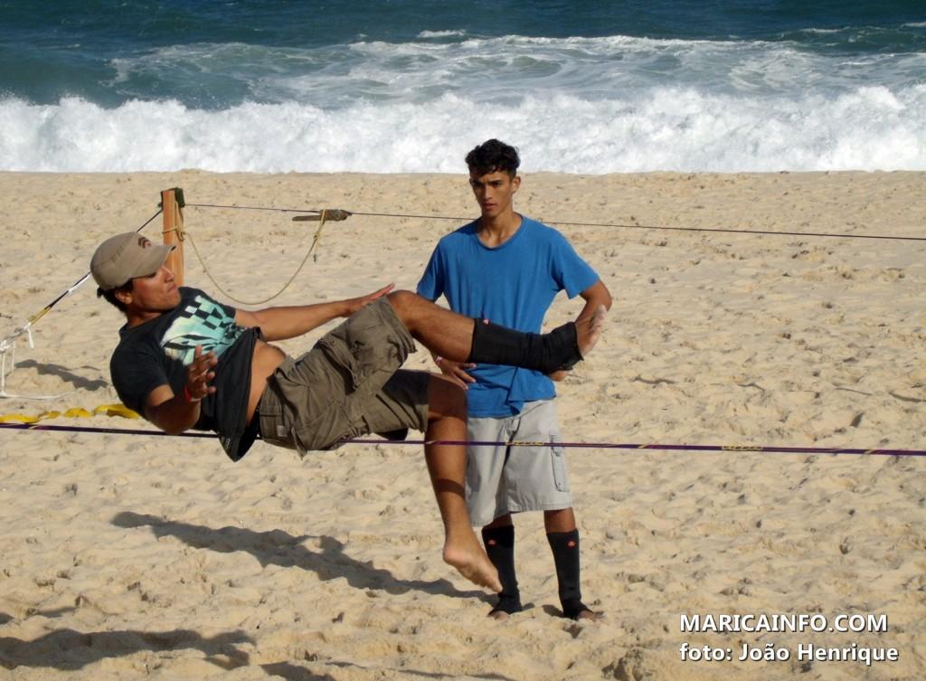Esportista de Maricá, Victor Said, sobre a fita. (Foto: João Henrique | Maricá Info)