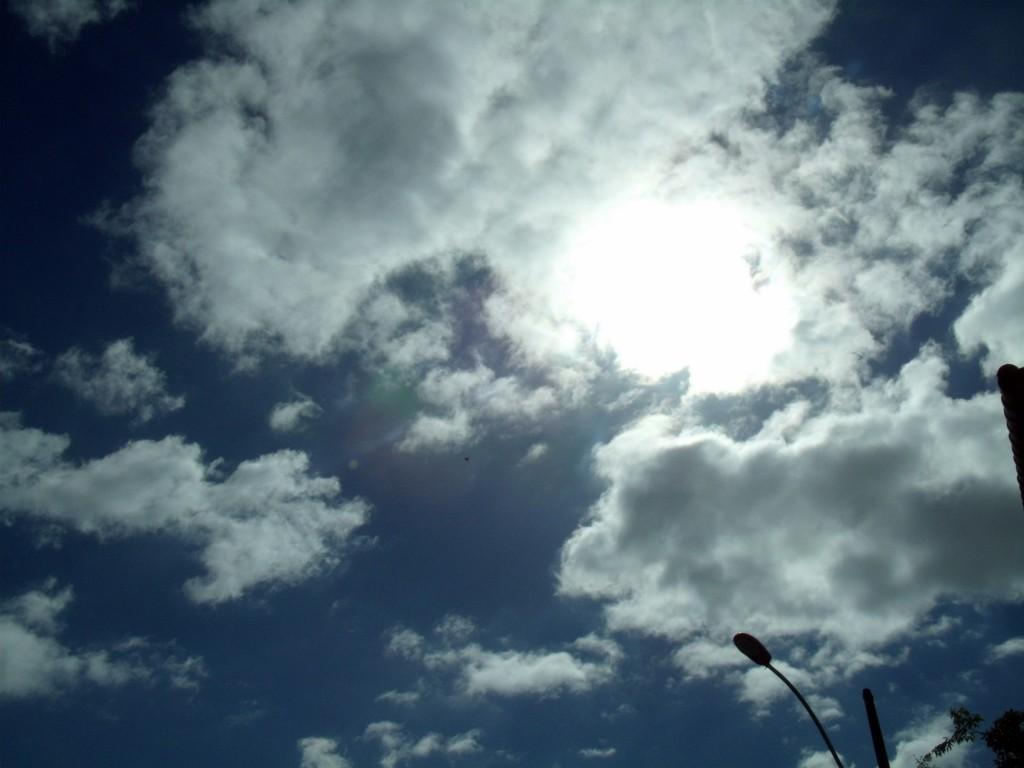 Sol reaparece e temperatura volta a subir em Maricá. (Foto: João Henrique | Maricá Info)