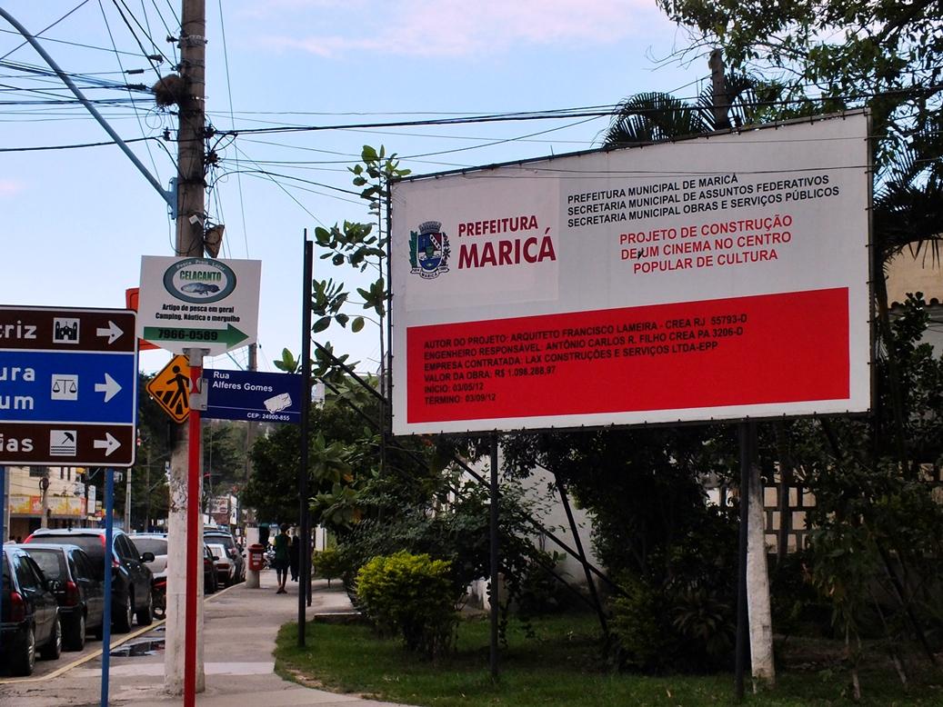Cinema custou mais de R$1 milhão e obra está parada. (Foto: João Henrique | Maricá Info)