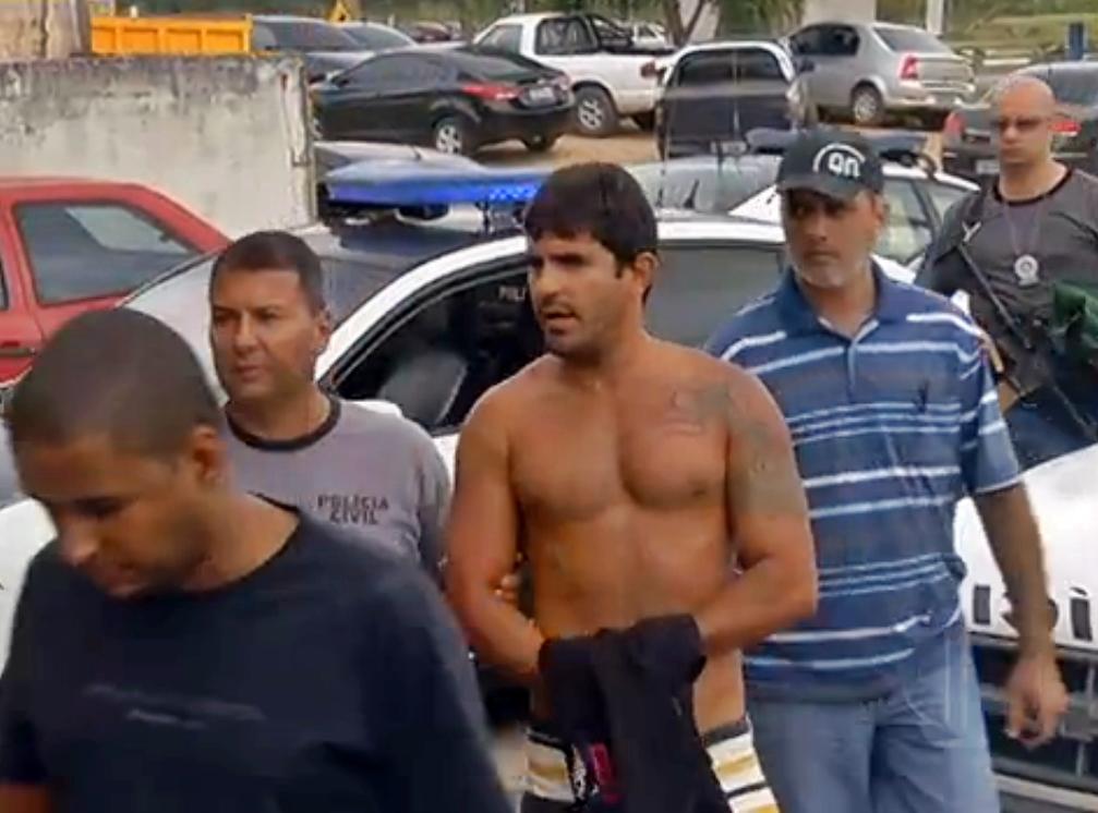 Operação contra o tráfico prendeu filho do prefeito de Cabo Frio. Ao total 8 mandatos de busca e apreensão foram expedidos. (Foto: Reprodução | InterTV)