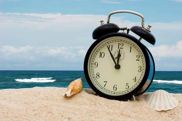 Moradores do Sul, Sudeste e Centro-Oeste devem adiantar relógios em 1 hora na madrugada de sábado para domingo.