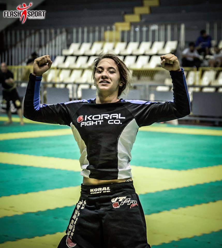 A 'Pequena Notável' trouxe mais duas medalhas para a sua equipe e para a cidade de Maricá. (Foto: Divulgação | Flash Sport)