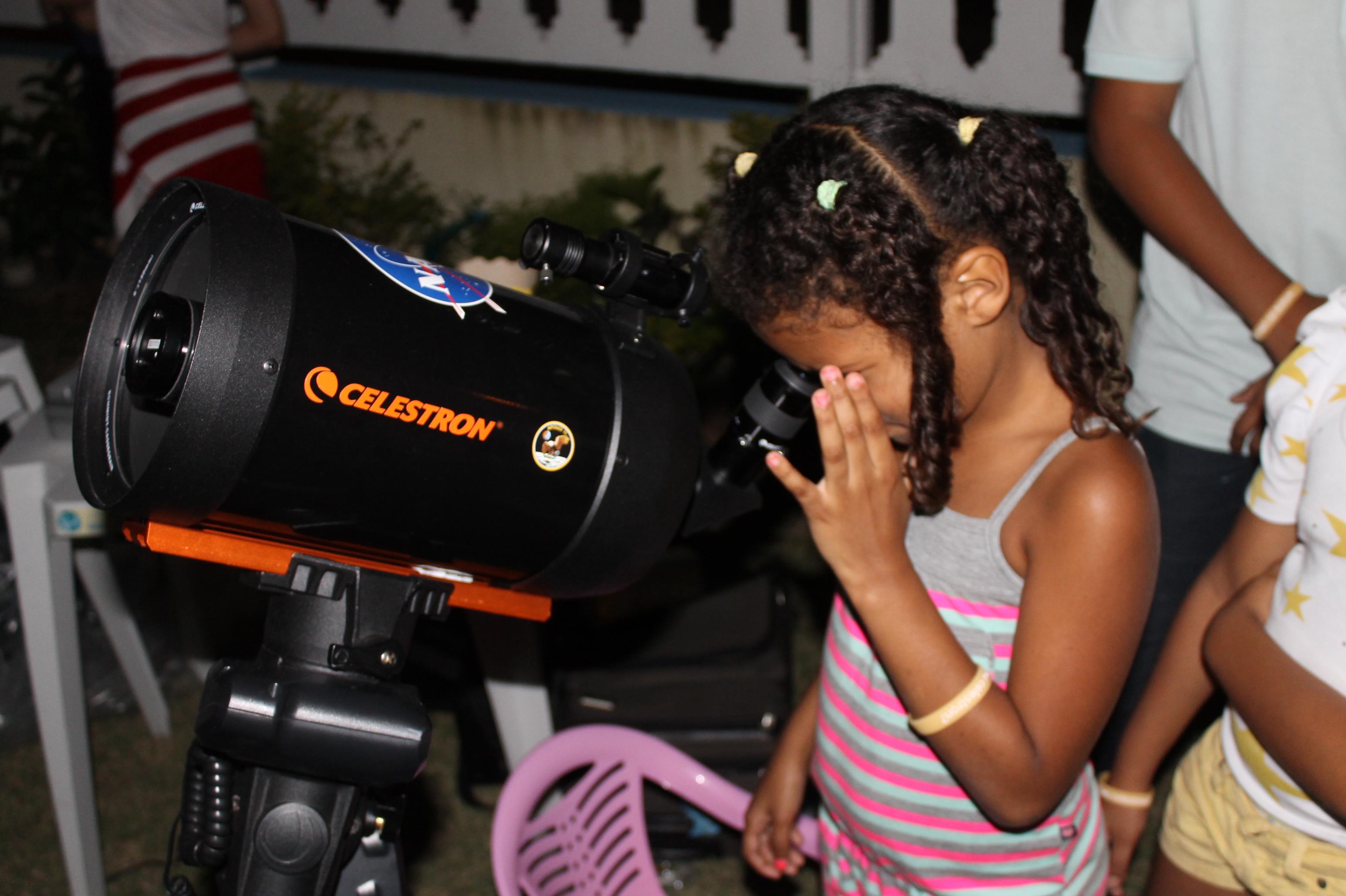 Observatório astronômico itinerante encanta público e pode voltar à Maricá