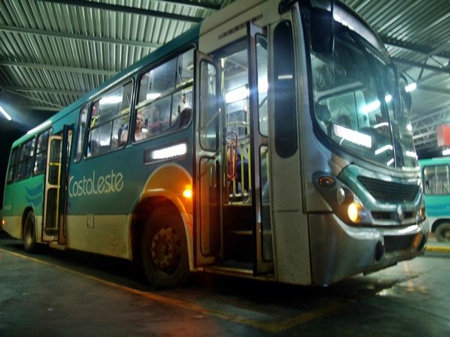 Sem freio, ônibus da Costa Leste é perigo para passageiros