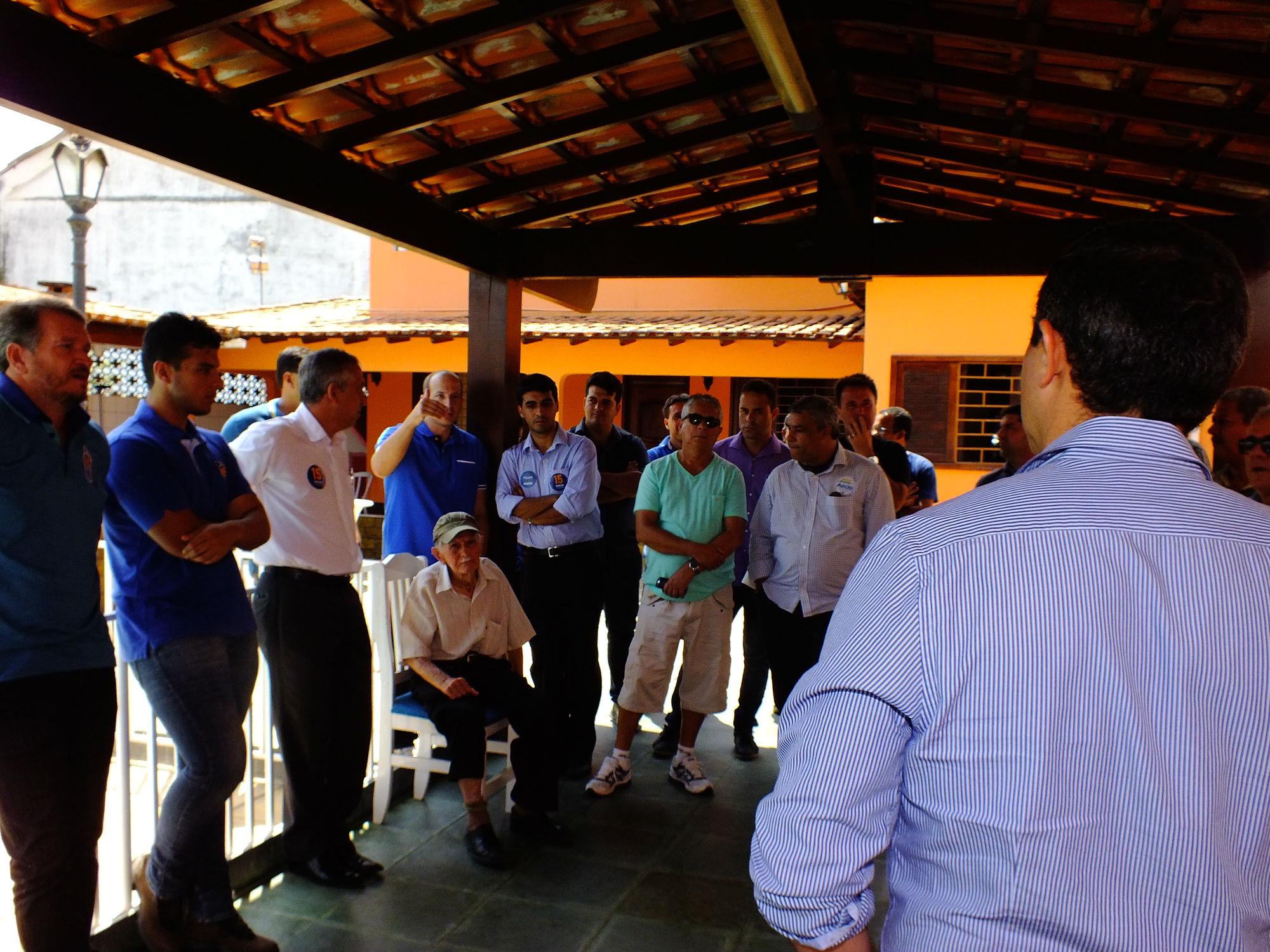 Marcelo Delaroli (PR), suplente de Deputado Federal também aderiu a campanha do Pezão. (foto: João Henrique | MaricáInfo.com)