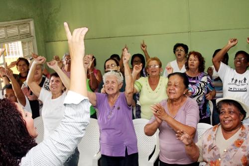 Maricá: Abertas inscrições para aula gratuita de canto - Maricá Info (Blogue)