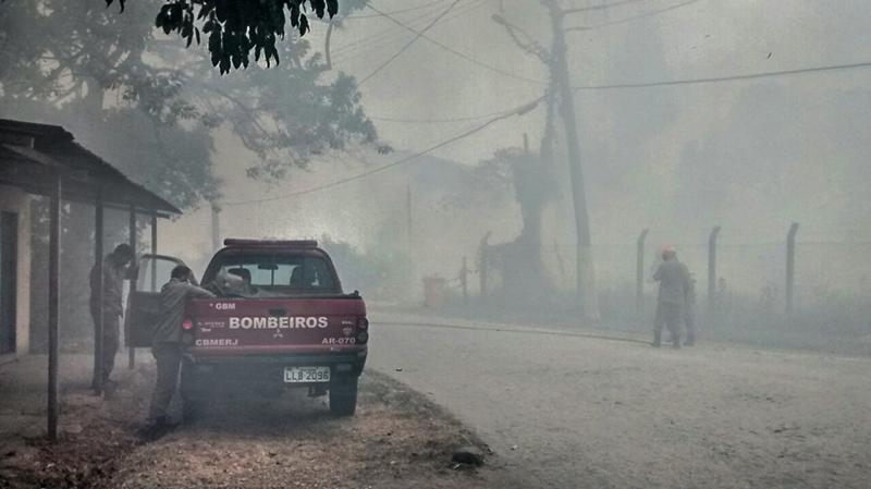 Falta de visibilidade atrapalhou o trânsito na região. (foto: Francisco Avelino)