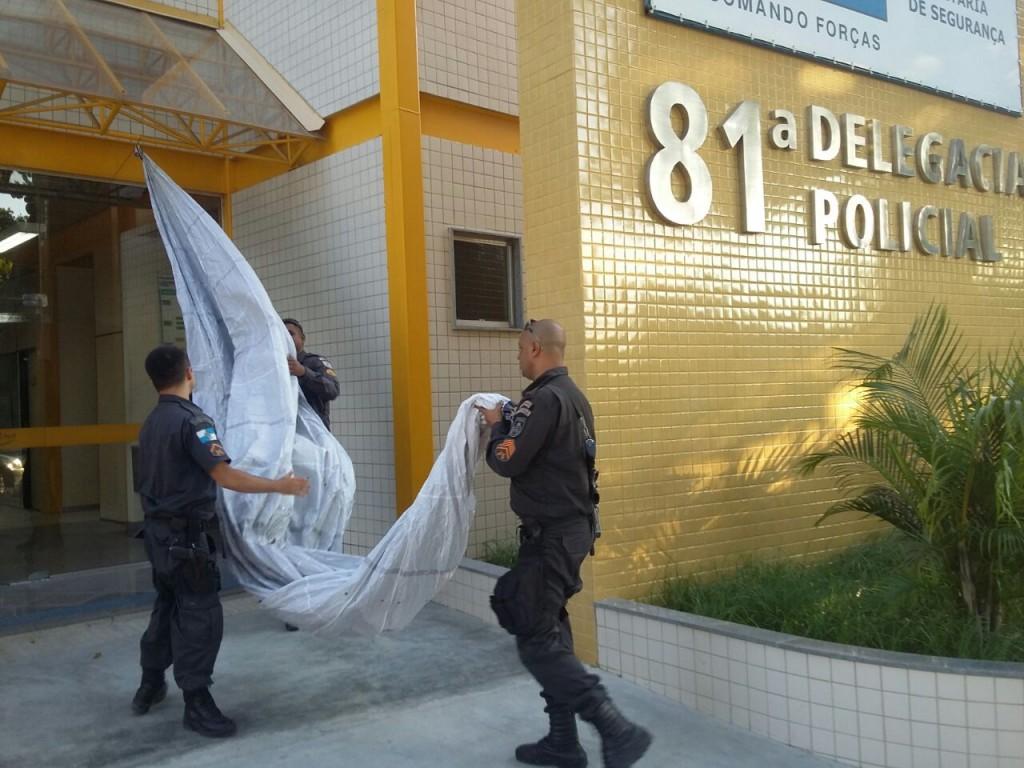 PM Ambiental apreende balão de 10 metros na Serra da Tiririca