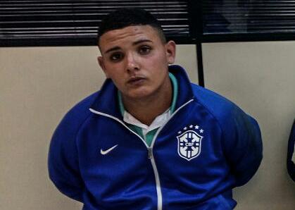 Gordinho é suspeito de gerenciar o tráfico na comunidade Fernando Mendes, em Inoã. (fotos: Mauro Luis / Maricá Info)