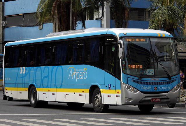 Ônibus da Viação Nossa Senhora do Amparo é assaltado na Zona Portuária do Rio
