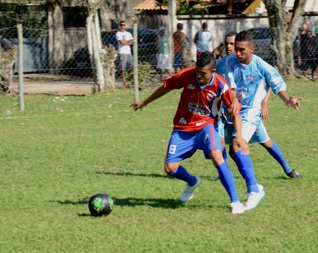 Domingo de futebol pela Taça Cidade de Maricá
