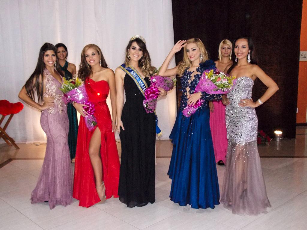 Cinco primeiras colocadas no concurso Miss Maricá Universo 2015.