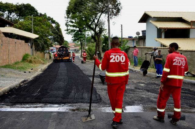 Maricá: Mais ruas ganham pavimentação