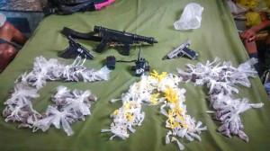 Equipe do GAT apreendeu drogas e armas.