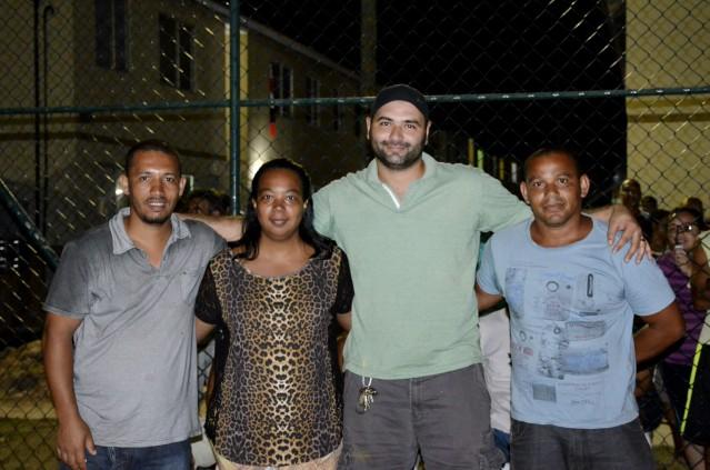 Carlos Henrique Soares (camisa azul) eleito síndico do Setor D