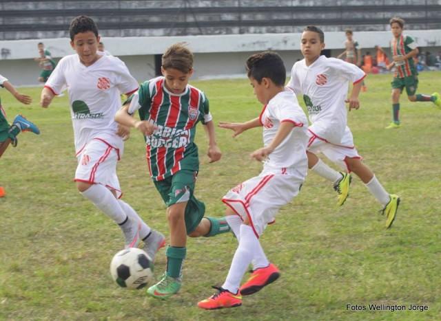 Maricá Soccer entre os melhores da Copa Dente-de-Leite