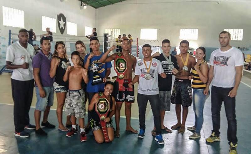 Equipe de Maricá conquista dois cinturões na Liga Carioca de Muay Thai