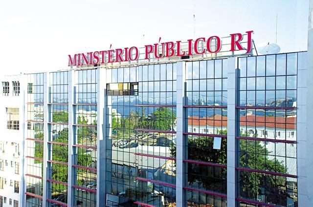 Ministério Público faz representação contra prefeito e pré-candidato de Maricá por propaganda irregular