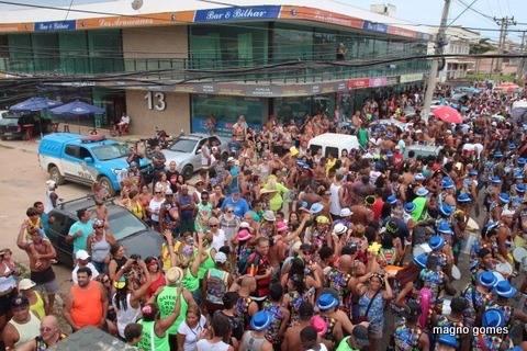 Itaipuaçu: Bloco Tromba Nervosa reúne multidão e faz sucesso de foliões