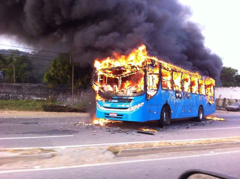 Homem que participou de ataque a ônibus da Amparo é preso