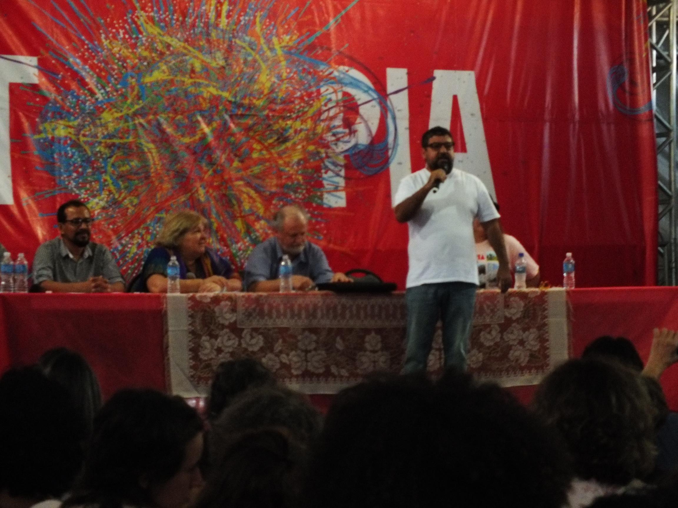 Festival da Utopia é aberto com presença de Quaquá e filha de Che Guevara