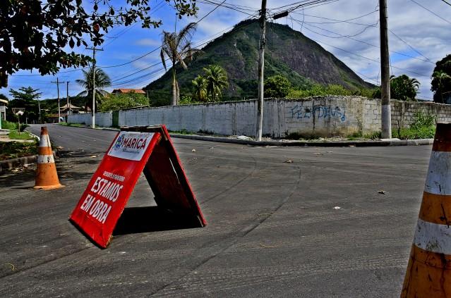 Maricá: Prefeitura urbaniza ruas às margens da RJ-106