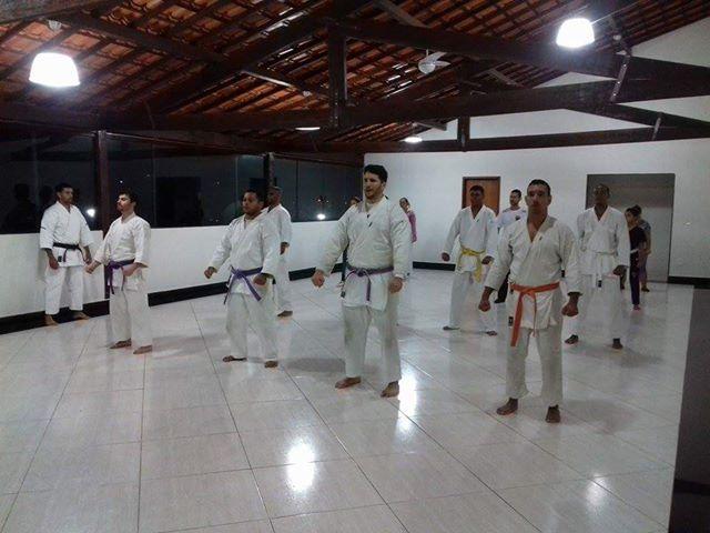 """Em Maricá, projeto """"Karatecas do Amanhã"""" proporciona esporte para todos"""