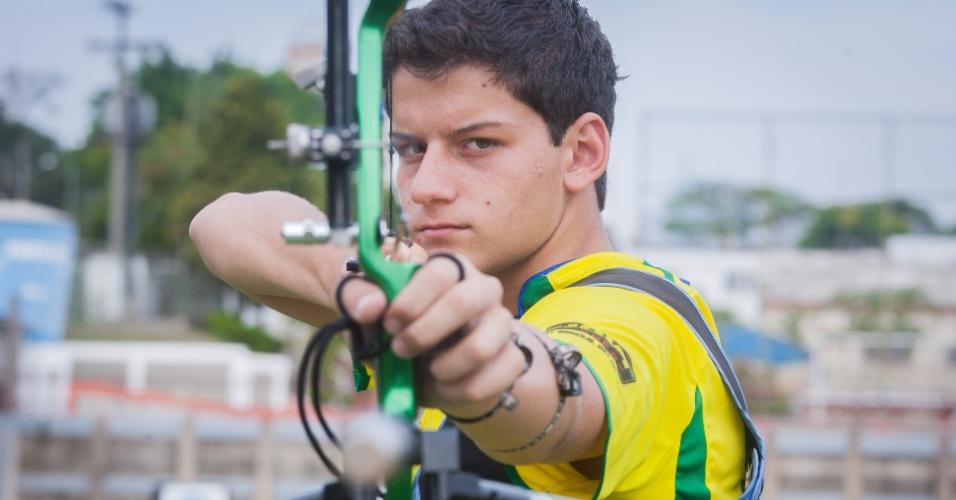Atleta de Maricá vence seletiva para etapas da Copa do Mundo de Tiro com Arco