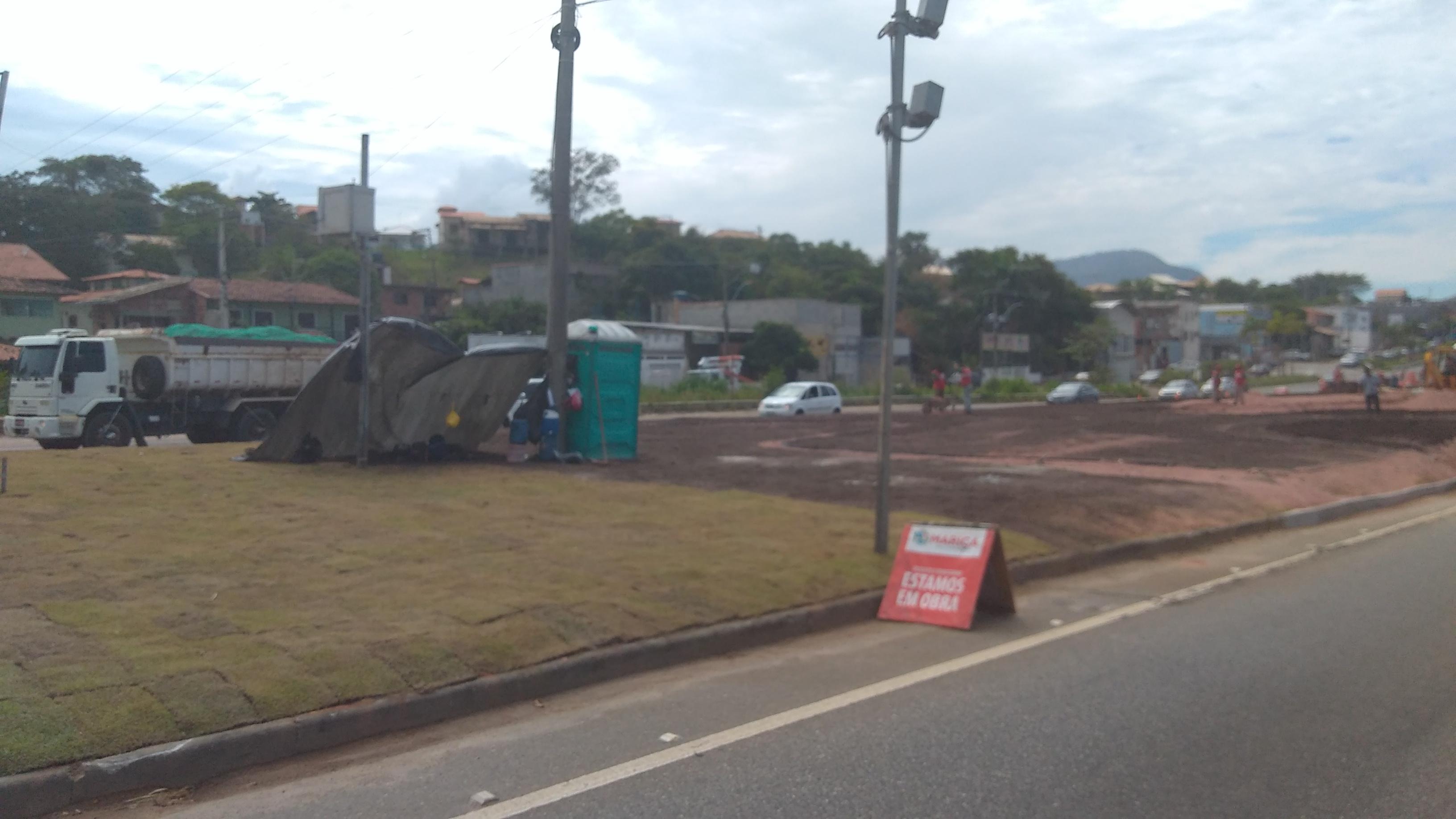 Maricá: Gramado de canteiro central em Inoã é furtado