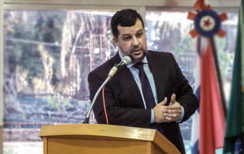 Maricá: Vereador Fabrício Bittencourt cobra da Cedae atendimento digno para a população