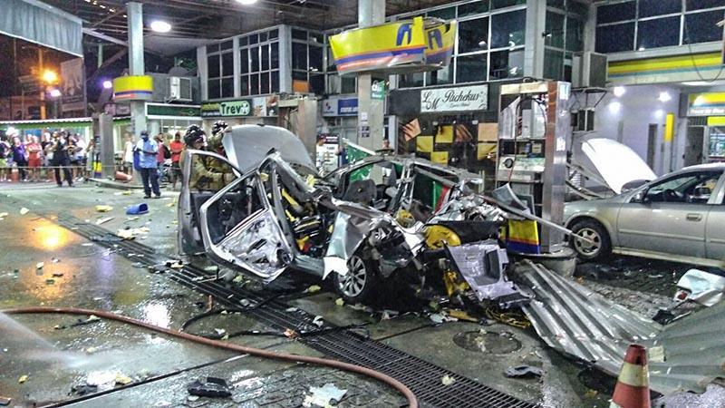 Carro explode durante abastecimento de GNV em São Gonçalo