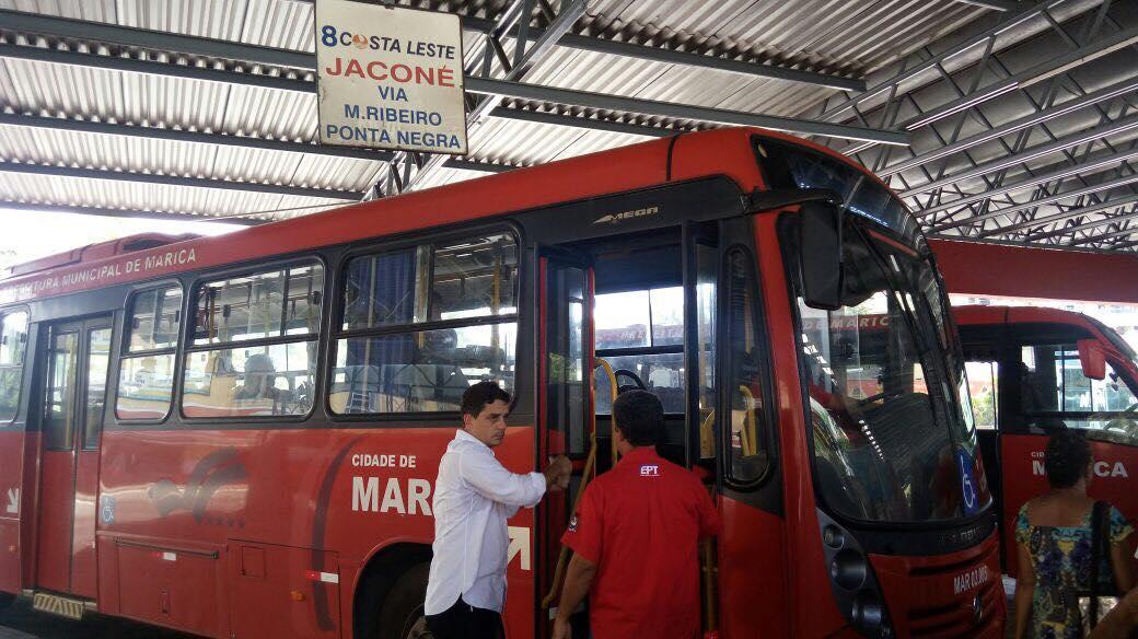 Maricá: Fabiano Horta coloca ônibus 'vermelhinhos' pra circular