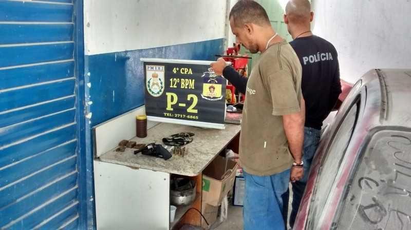 Itaipuaçu: Homem acusado de tráfico de drogas é preso