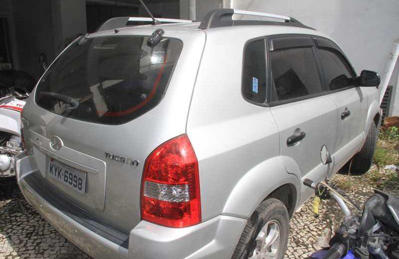 DH encontra carro que pode ter sido usado na morte de PM em Maricá
