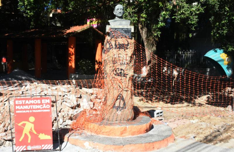 Maricá: Espaço público é revitalizado no Centro