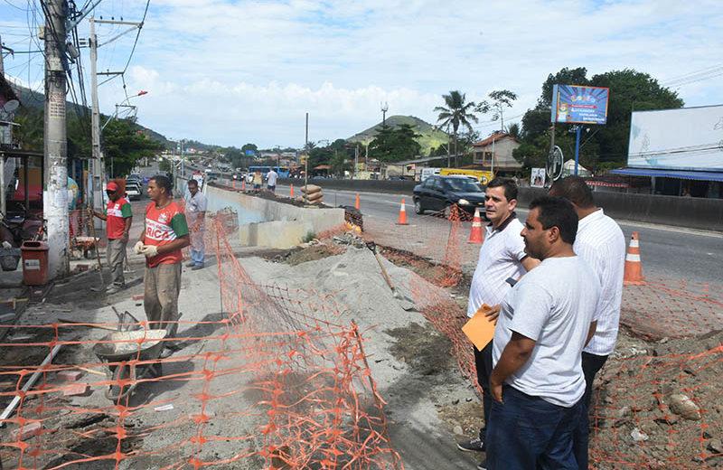 Maricá: Prefeito vistoria obras de revitalização em Inoã